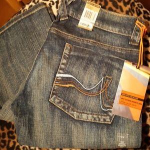 DKNY Junior Extreme Brooklyn  Jeans NWT